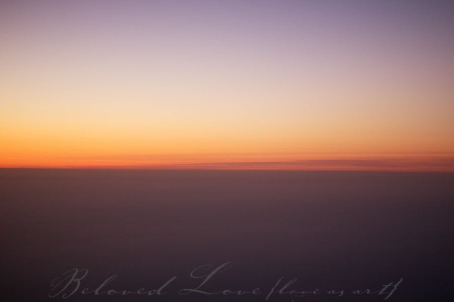 Right after sunset above Paris.  Paris Fine art wedding photographer ©beloved love photography #loveasart