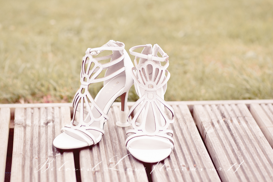 10 Top Shoe Tips For Your Wedding Day © beloved love photography #loveasart