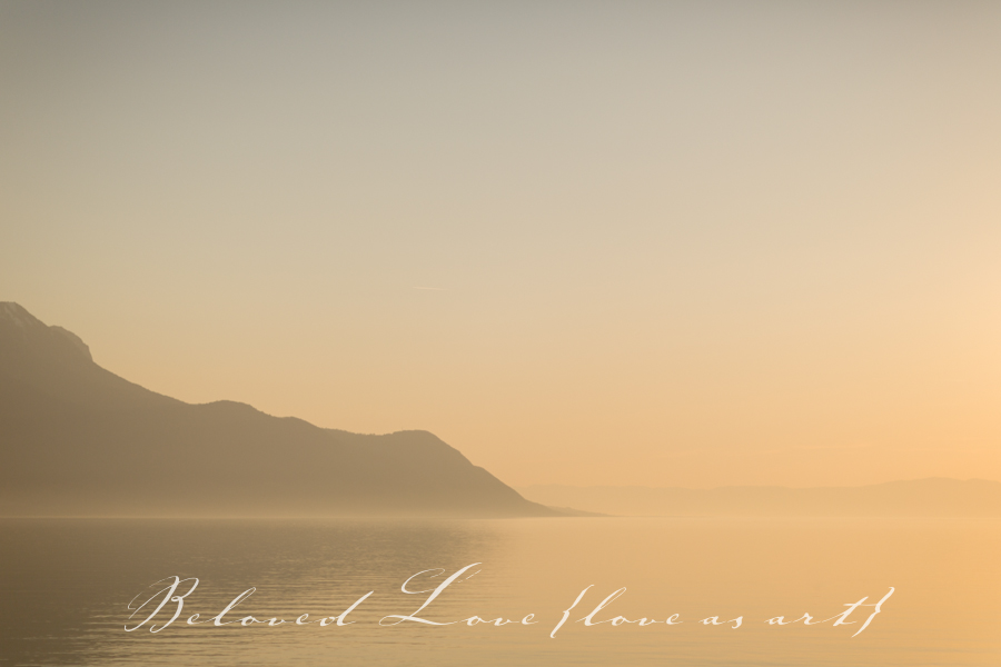 mountains and the misty lake - montreux wedding photographer © beloved love photography #loveasart